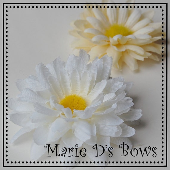Little Lady Daisy Flower Hair Clip Choose Yellow or White