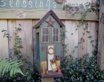 Primitive Folk Art Birdhouse Birdfeeder