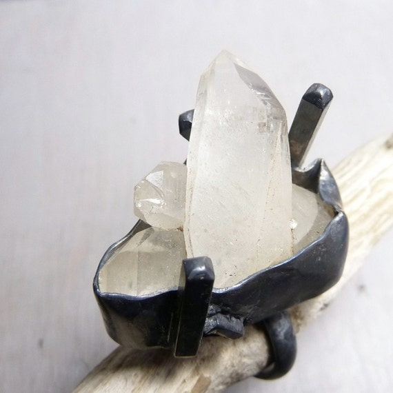 Antarctica at night ring - Big raw Quartz and oxidized sterling silver