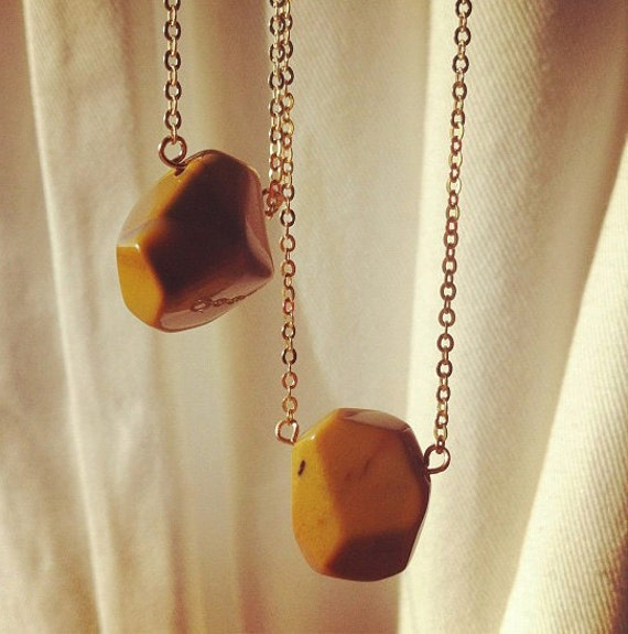 High Plains, Stone Necklace - Yellow Ochre Mookaite