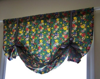 CLEARANCE SALE! Cottage Tie Up Faux Sloppy Roman Window Shade or Short Curtain Panel made with Moda Apple Pie Print Fabric
