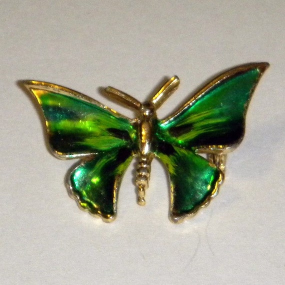 Vintage 1970s Small Butterfly Pin