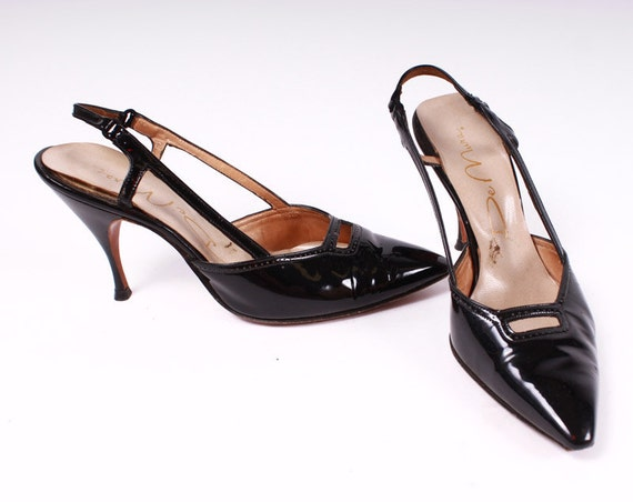 50s Shoes - Black Patent Leather Stilettos with Keyhole - Sling Back 6 B