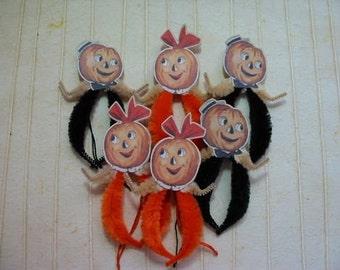 Vintage Style Pumpkin Couple Halloween Feather Tree Chenille Ornaments