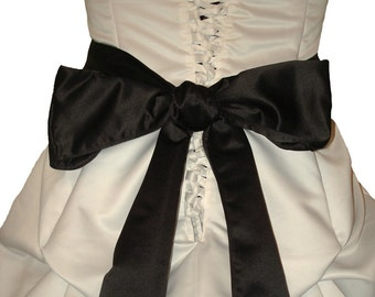 Be Mine Forever - Custom Corseted Sweetheart Wedding Gown