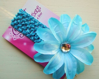 Ocean Blues - Turquoise Lily Interchangeable Flower Hair Clip on a Turquoise Crochet Headband