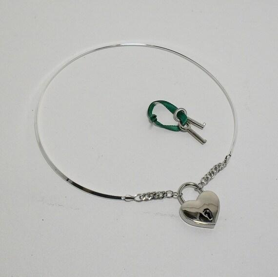 Silver Discreet Neckwire BDSM Slave Collar - Heart Lock LARGE (COL 136)
