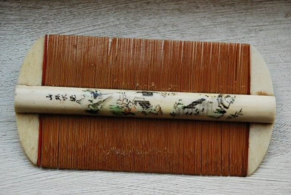 Antique Chinese Hand Painted Ox Bone Hair Comb