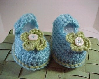 Booties Crochet Aqua Berry  3 sizes Available NB to 12 months