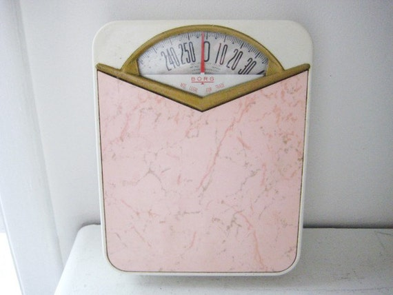 Pink vintage borg bathroom scale for Borg bathroom scale