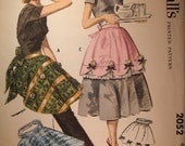 Rare Vintage 1956  Hostess Aprons McCalls 2052 Pattern,  UNCUT FF