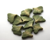 Ginkgo Beads, Leaf Beads, Polymer Clay Beads, Green Beads 10 Pieces