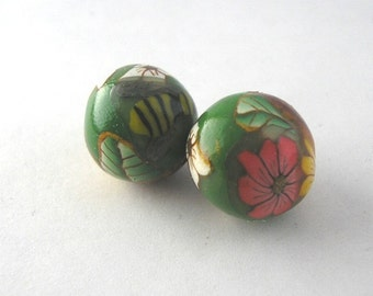 Polymer Clay Beads, Round Green Beads, Flower Beads Pair 339