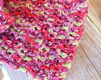 Gala - Handmade crocheted scarf