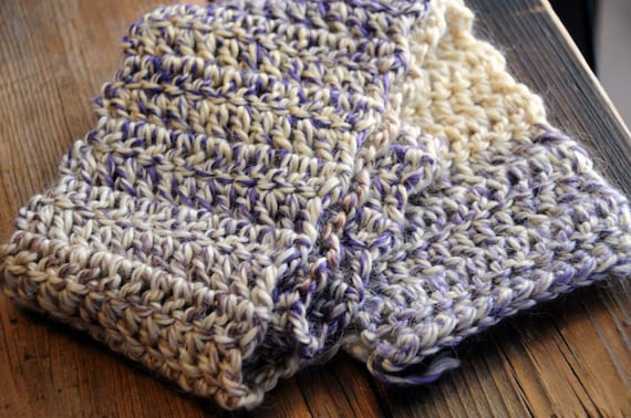 Wisteria - Handmade crocheted scarf from Alpaca yarn