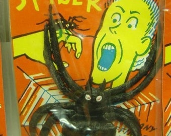 Vintage 1960's Huge Rubber Spider Ring Carded