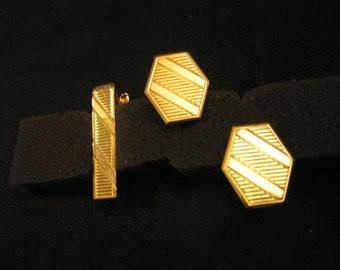 Timeless Cufflinks and Tie Bar Set