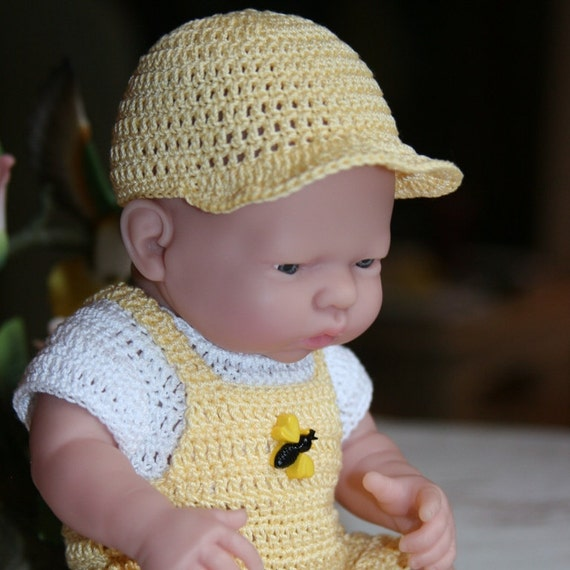 Crocheted outfit for 9.5 inch Doll Mini La Newborn Bib Short Set Yellow White Bee Boy