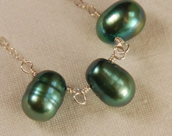 Green Necklace - Green Teal Pearl Trio Necklace, Pearl Necklace, Natural Pearl Necklace, Green Pearl Necklace, Everyday Jewelry, Simple