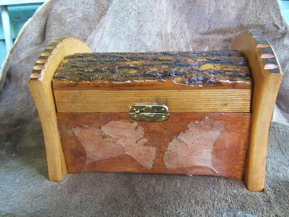 Rustic Box with Ginkgo Leaves