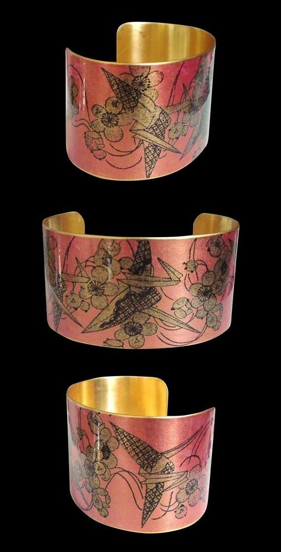"Cuff Bracelet Vintage Style  ""Origami Tsuru"""