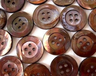 6 VINTAGE shell buttons, mother of pearl, 18 mm in diameter, natural brown