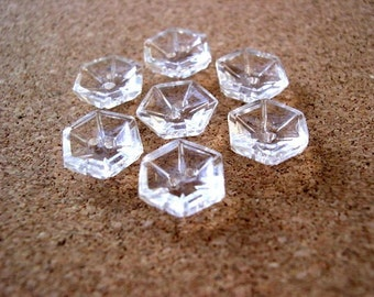 7 glass buttons, hexagon shape with pattern, crystal clear glass, beads, 12mm