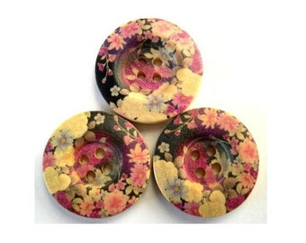 6 Wood buttons, violet flowers ornament, 25mm