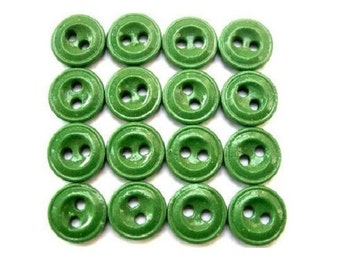 15 glass buttons, antique vintage buttons, can be use as a bead, green, 12mm