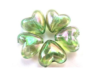 25 Vintage beads heart shape lucite plastic translucent green 10mm