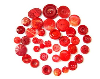 39 Buttons, 39 kinds, antique and vintage plastic buttons, redshades assorted sizes