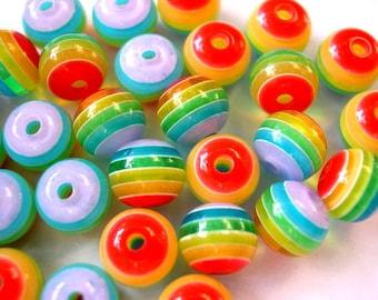 30 Beads, rainbow colors, resin, 8mm
