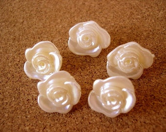 10 Rose flower beads, vintage  ivory pearlized rose flowers, RARE