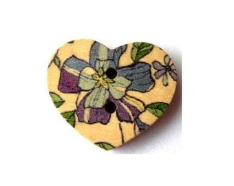 10 Wood heart shape buttons, flowers ornament, for button jewelry, scrapbooking, crafts