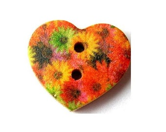 10 Buttons, wood, heart shape, flowers ornament, for button jewelry, scrapbooking, crafts