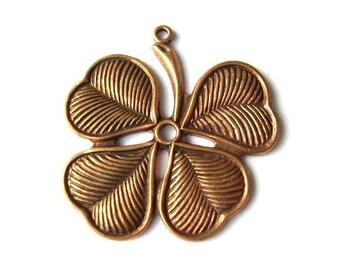 VINTAGE 4 petals flower cooper pendant metal finding, 32mm
