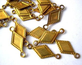 15 Vintage beads,  metal connector beads, 16mm