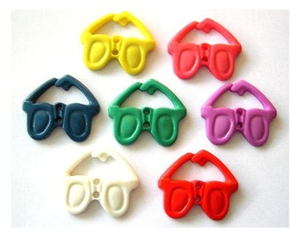 7 Vintage buttons glasse shape 7 colors,plastic, 30mmX26mm