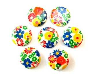 15 Vintage connector beads flowers ornament lucite plastic 13mm