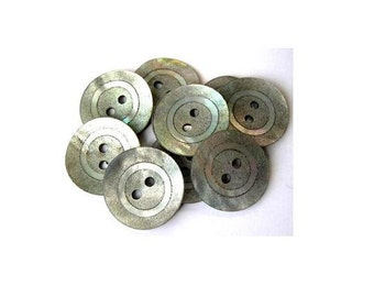 6 Vintage shell buttons with silver coloe circle 18mm