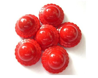 6 Vintage button plastic flower shape 21mm. 8mm height red