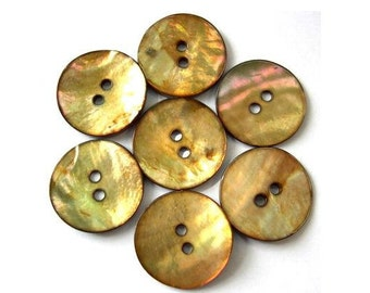 6 Buttons, shell, beautiful color, 18mm for button jewelry, sewing, crafts
