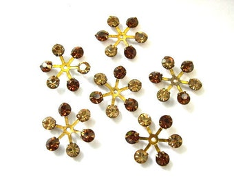 6 Vintage SWAROVSKI flowers beads brass setting with 6 crystals in 2 shades