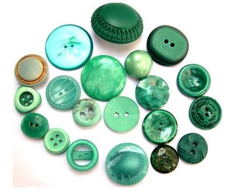18 Buttons, 18 kinds, antique and vintage plastic buttons, green blue shades assorted sizes