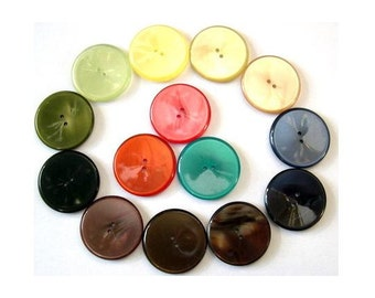 14 Vintage buttons lucite plastic shinning assorted 14 colors 23mm