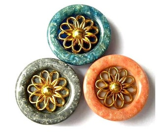 3 Vintage buttons plastic with metal gold color flower, 3 colors 31mm