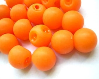 10 vintage plastic orange buttons round shape 10mm