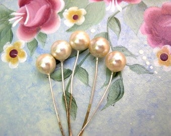 6 Vintage headpin glass pearls, round, embedded on soft wire, white, RARE findings