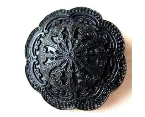 5 Vintage plastic buttons, large, flower shape  black, 25mm