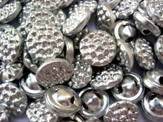 SALE-30 Antique vintage silver color metal buttons, for buttons jewelry, sewing, knitting, 13mm